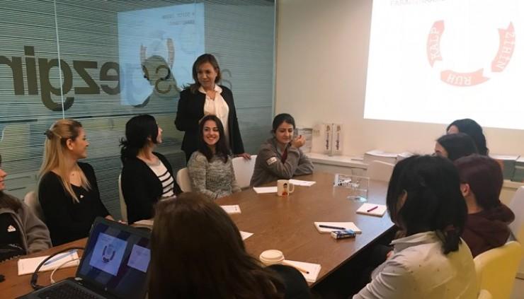 AdresGezgini'nde Etkili İletişim Teknikleri Eğitimi