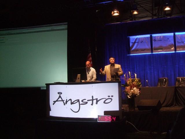 Google'dan Bir Sosyal Ağ Atılımı Daha: Google Angstro'yu Satın Aldı!
